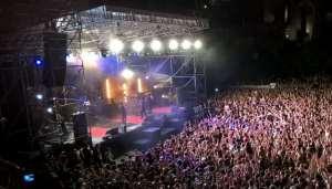 Il concerto, poco prima degli incidenti