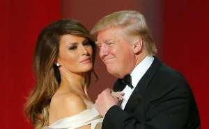 Trump che ci prova con Melania, e alla faccia nostra ci riesce