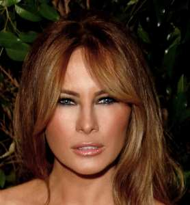 """Melania Trump nel suo celebre sguardo """"Cazzo guardi, stronzetto"""""""