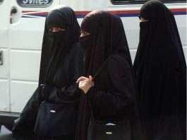 Soddisfazione e sorrisi di gioia, ben visibili sui volti delle donne dell'Arabia Saudita