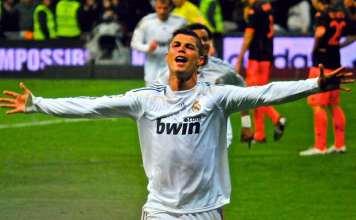 """Cristiano Ronaldo subito dopo aver dichiarato: """"Ma chi, quelli? Ma che, davvero?"""""""