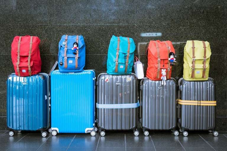 """Cara, ma quante valigie porti?"""