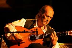 Il grande chitarrista spagnolo Paco De Lucia