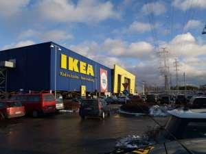 Una ricostruzione dell'IKEA di Bolzano come era 5300 anni fa